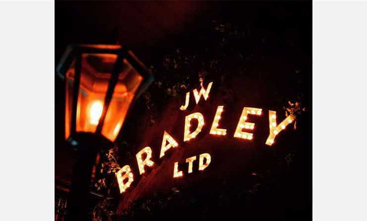 J W Bradley, en Palermo